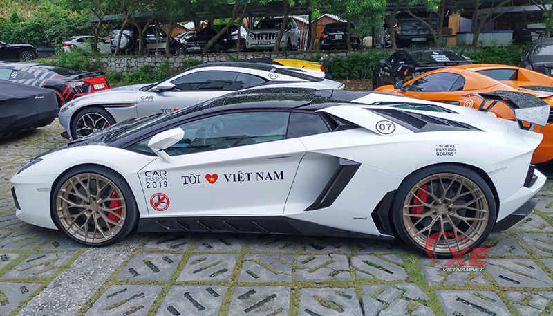 Đẳng cấp chơi siêu xe Lamborghini đáng nể của đại gia Tùng vàng-8