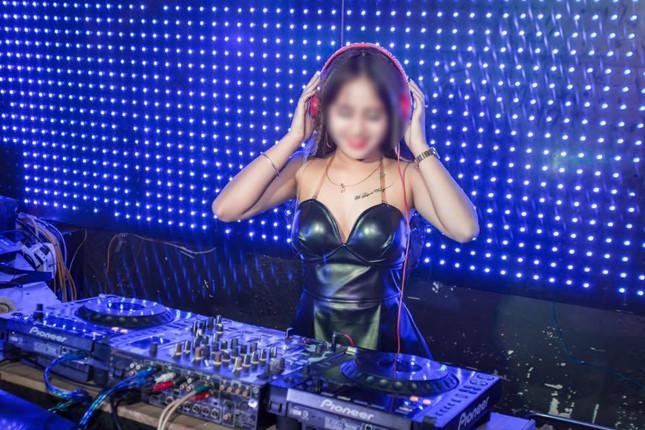 Vụ nữ DJ xinh đẹp bị người yêu giết: Cô gái từng đi phụ hồ nuôi gia đình-20