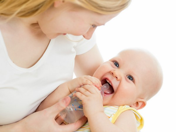 7 lỗi chăm sóc của mẹ khiến trẻ sơ sinh nguy hiểm tới tính mạng, số 5 nhà nào cũng mắc-1