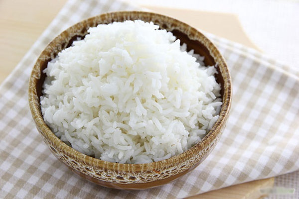 Thói quen nấu cơm ngớ ngẩn của các bà nội trợ khiến cơm mất dưỡng chất, rước bệnh, đặc biệt điều thứ 2-2