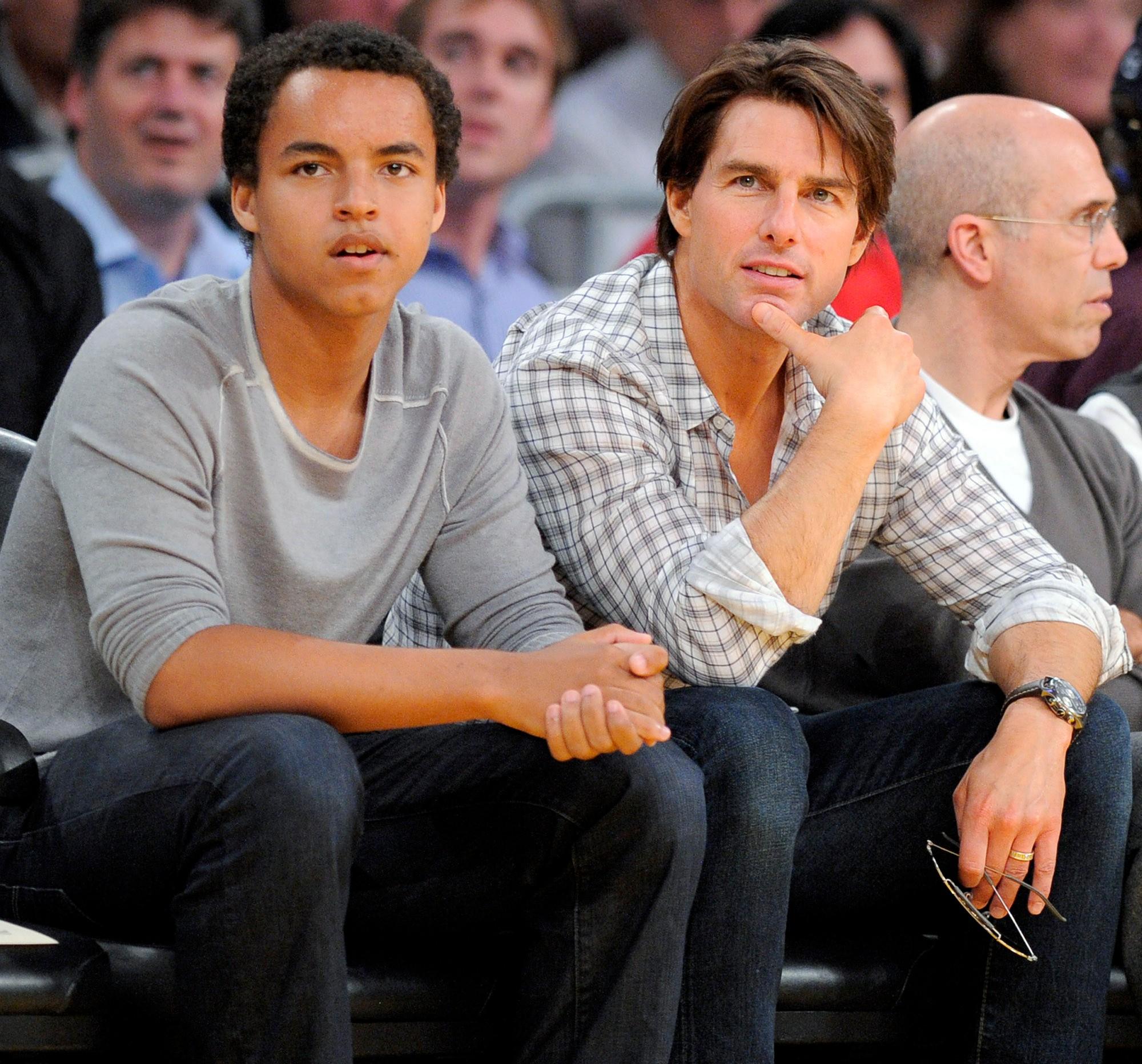 Bị đồn không phải cha ruột, đây là cách đối xử gây tranh cãi của Tom Cruise với con gái Suri suốt 6 năm qua-2