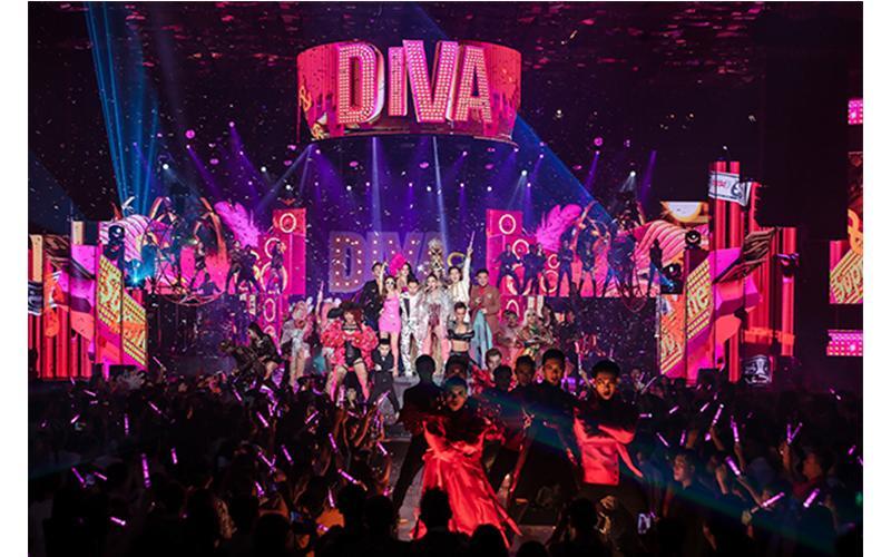 Những layout makeup xứng danh Diva của Thu Minh khiến dân tình choáng ngợp-1