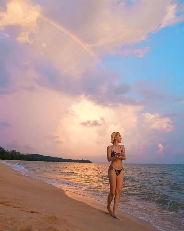 Chipu và Quỳnh Anh Shyn rủ nhau diện bikini đọ dáng nóng bỏng-7