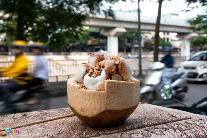 Bán dạo kem dừa Thái Lan, kiếm tiền triệu mỗi ngày ở Hà Nội-2
