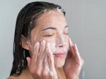 Những lưu ý khi rửa mặt - Đây là lời khuyên vô cùng hữu ích của chuyên gia và các blogger
