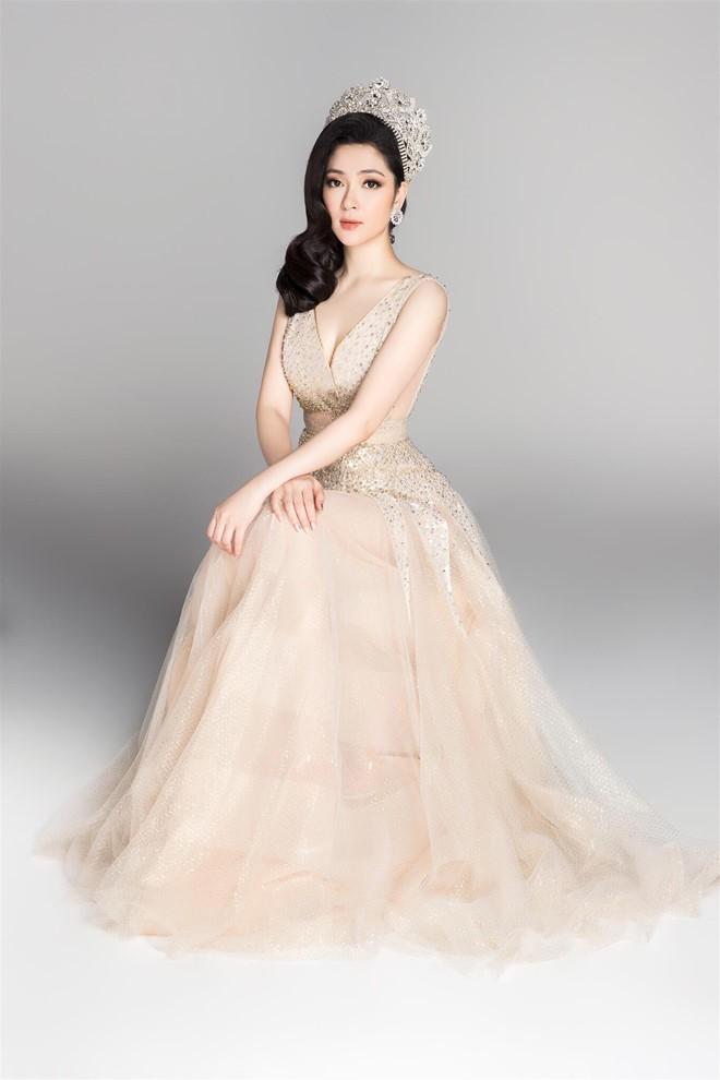 Hoa hậu Việt Nam 2004: Vướng tin đồn bị đánh ghen ở tuổi 18, đám cưới bất ngờ ở tuổi 23 và cuộc sống bình yên sau giông bão ở tuổi 34 với đại gia bí ẩn-1