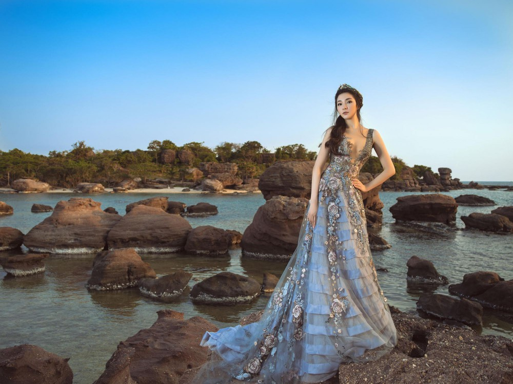 Hoa hậu Việt Nam 2004: Vướng tin đồn bị đánh ghen ở tuổi 18, đám cưới bất ngờ ở tuổi 23 và cuộc sống bình yên sau giông bão ở tuổi 34 với đại gia bí ẩn-2