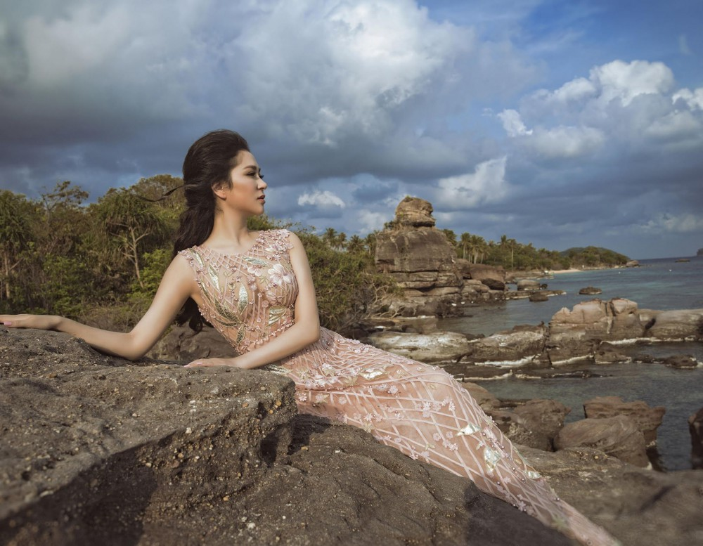 Hoa hậu Việt Nam 2004: Vướng tin đồn bị đánh ghen ở tuổi 18, đám cưới bất ngờ ở tuổi 23 và cuộc sống bình yên sau giông bão ở tuổi 34 với đại gia bí ẩn-3