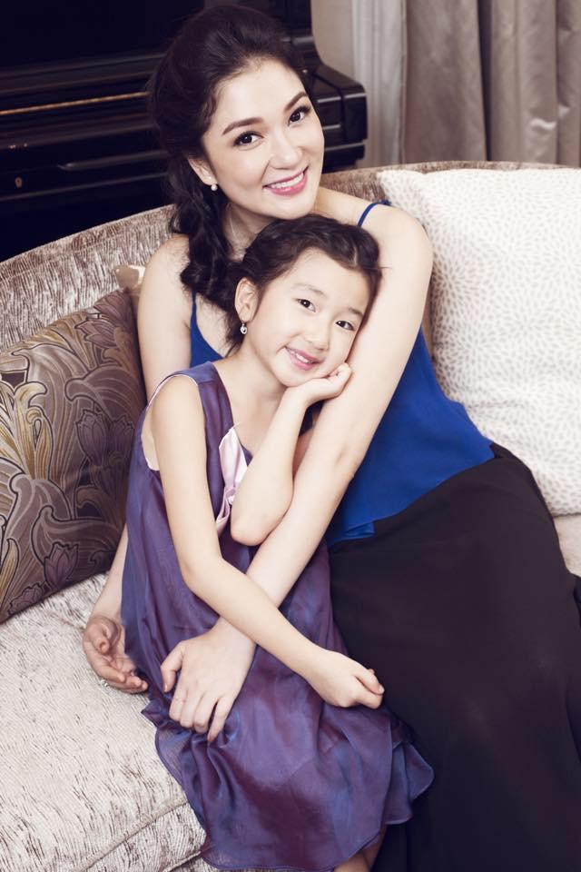 Hoa hậu Việt Nam 2004: Vướng tin đồn bị đánh ghen ở tuổi 18, đám cưới bất ngờ ở tuổi 23 và cuộc sống bình yên sau giông bão ở tuổi 34 với đại gia bí ẩn-8