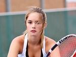 Kiều nữ tennis Wozniacki gây choáng: Mặc ít vải fan chỉ hỏi về điều này-5