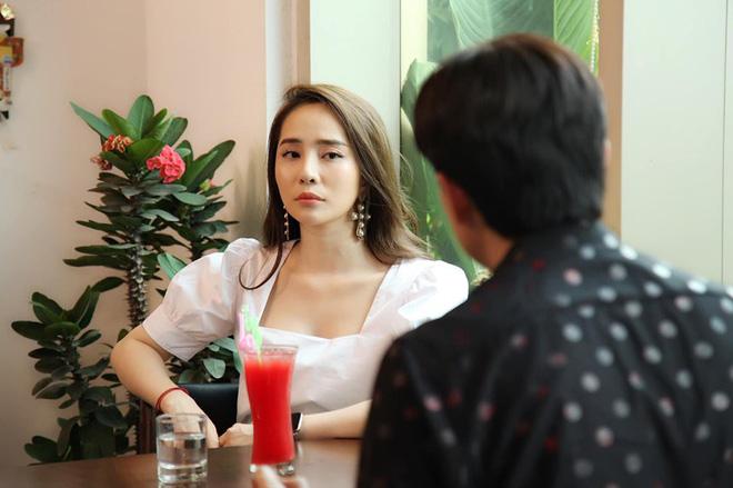 Tình địch của Bảo Thanh phim Về nhà đi con: Hậu ly hôn ngày càng xinh đẹp, nóng bỏng-1