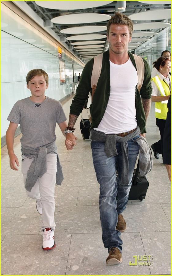 Cậu cả Brooklyn ngỗ nghịch nhà David Beckham: Bất tài nhiều tật, 5 năm 20 mối tình, từ o bế thành bị bố mẹ quay lưng-2