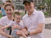Hậu ly hôn, Việt Anh bày tỏ nỗi nhớ con trai cùng lời nói đầy ẩn ý: 'Đàn ông không lườm mà nhìn thẳng mặt luôn'