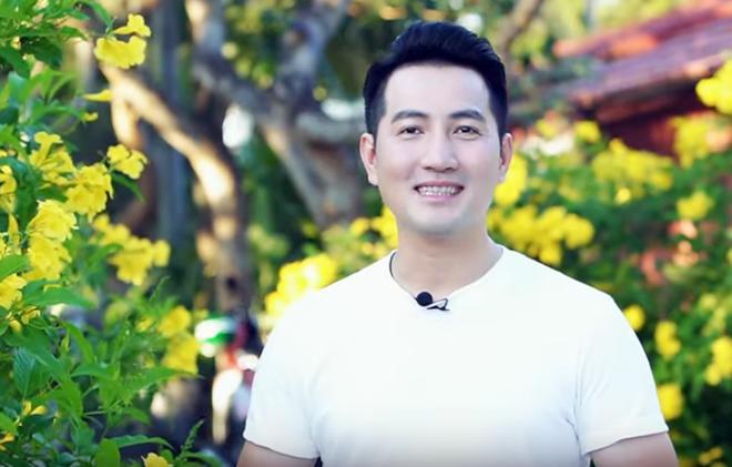 Hơn 40 tuổi chưa vợ con, trai đẹp Nguyễn Phi Hùng khiến chị em xấu hổ vì tài nấu ăn-1