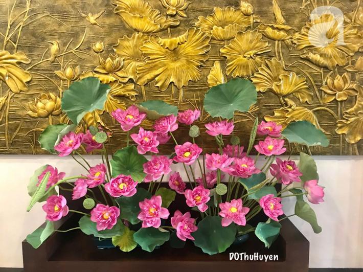 Níu giữ hương mùa hạ với những bình hoa sen đẹp dịu dàng trong tổ ấm của 3 người phụ nữ đảm ở Hà Nội-28