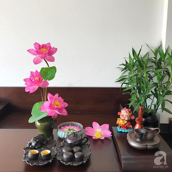 Níu giữ hương mùa hạ với những bình hoa sen đẹp dịu dàng trong tổ ấm của 3 người phụ nữ đảm ở Hà Nội-29