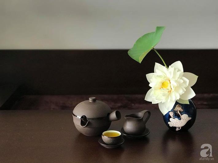Níu giữ hương mùa hạ với những bình hoa sen đẹp dịu dàng trong tổ ấm của 3 người phụ nữ đảm ở Hà Nội-30