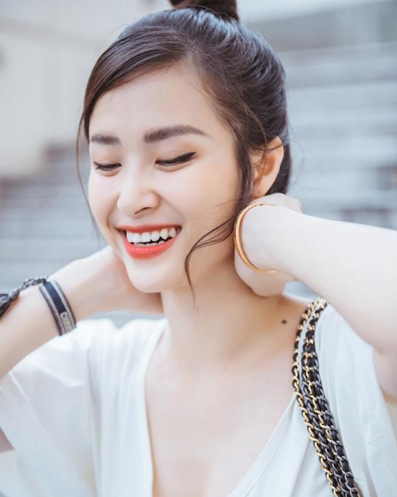 Đông Nhi được khen ngày càng xinh đẹp và lão hoá ngược-19