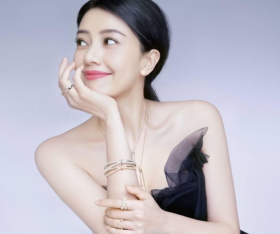 Lưu Diệc Phi trở thành nữ thần được đàn ông Trung Quốc khao khát nhất 2019-18