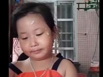 Cười đau ruột với màn livestream giới thiệu mỹ phẩm như một chủ shop online lão làng của bé gái khi mẹ vắng nhà