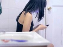 4 sai lầm khi đi vệ sinh nhiều người mắc, có thể gây đột tử bất cứ lúc nào