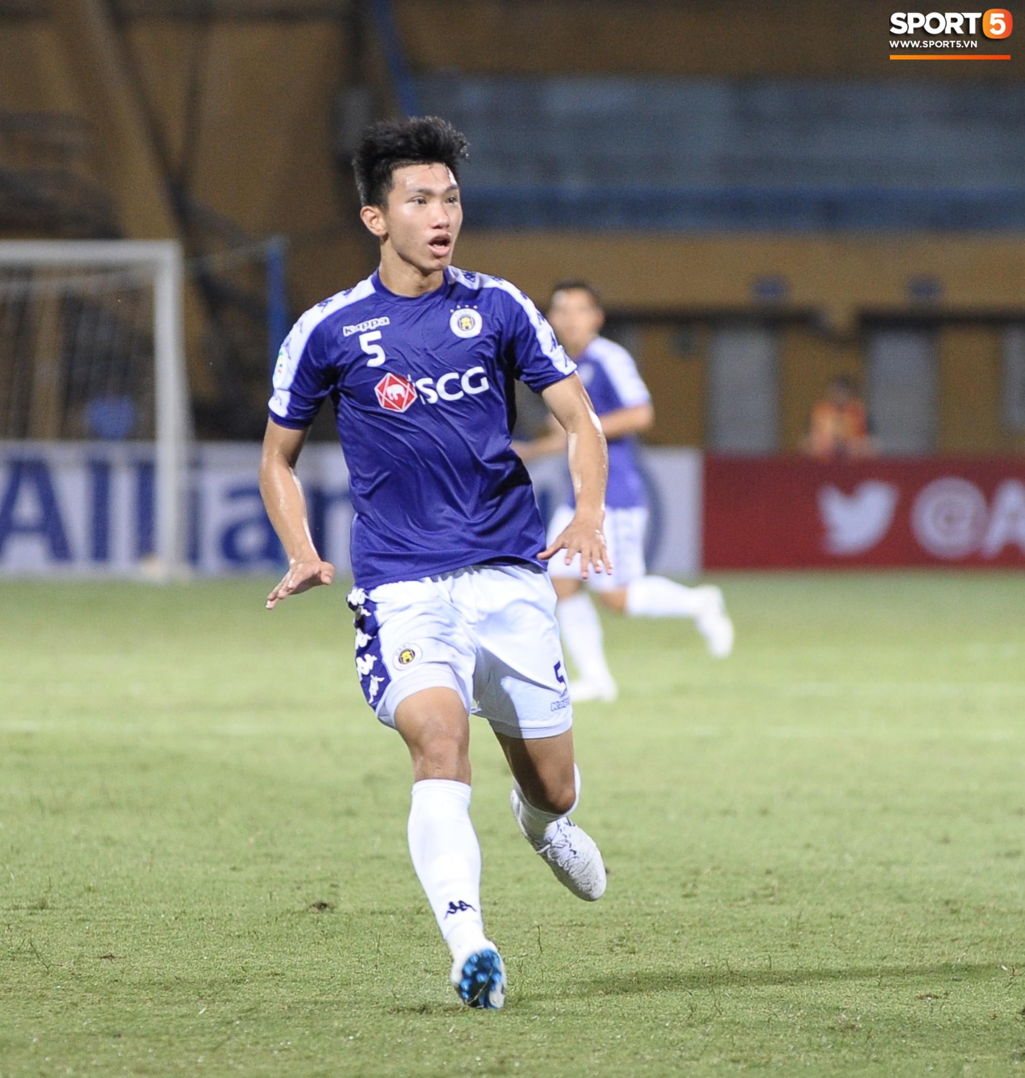 Trước tin đồn đến châu Âu thi đấu, Đoàn Văn Hậu vẫn nỗ lực hết mình vì Hà Nội FC-12