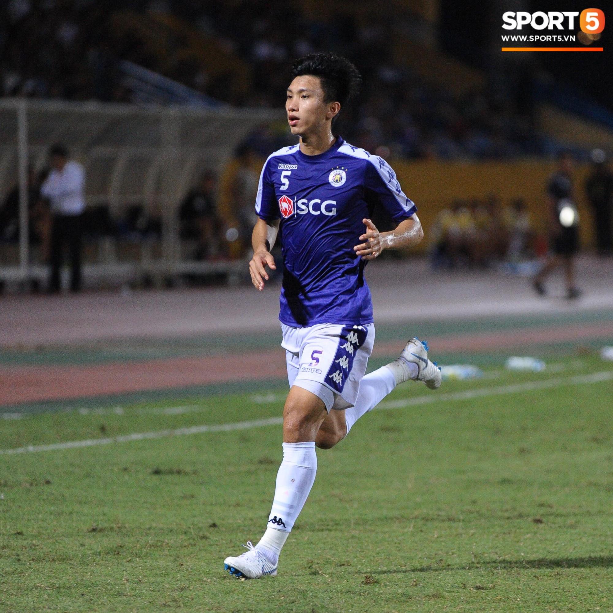 Trước tin đồn đến châu Âu thi đấu, Đoàn Văn Hậu vẫn nỗ lực hết mình vì Hà Nội FC-1