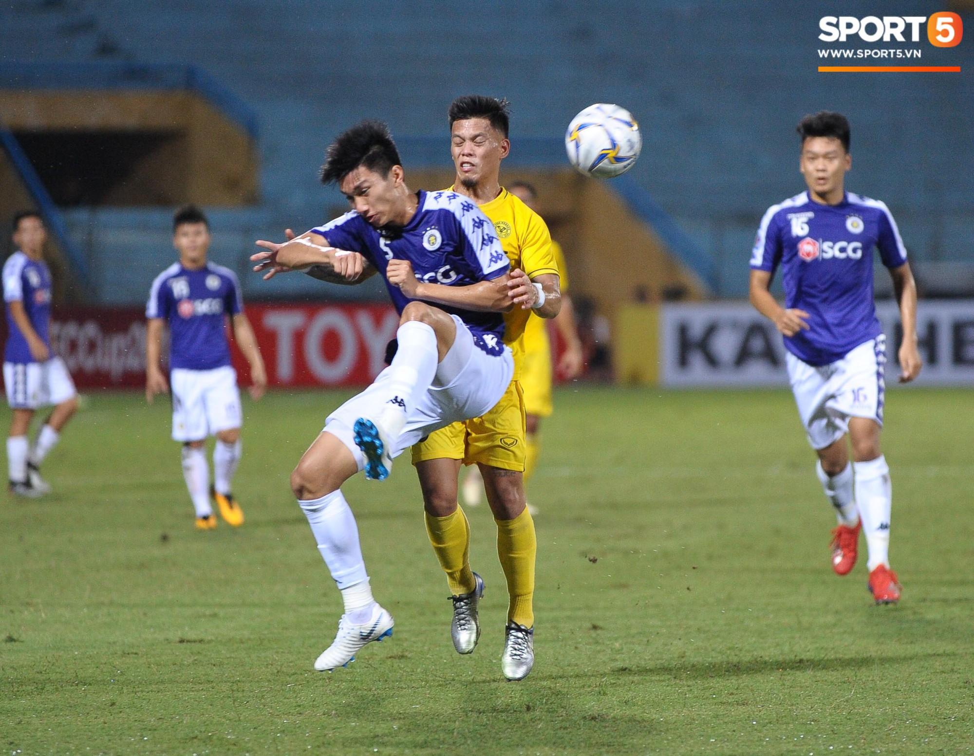 Trước tin đồn đến châu Âu thi đấu, Đoàn Văn Hậu vẫn nỗ lực hết mình vì Hà Nội FC-3