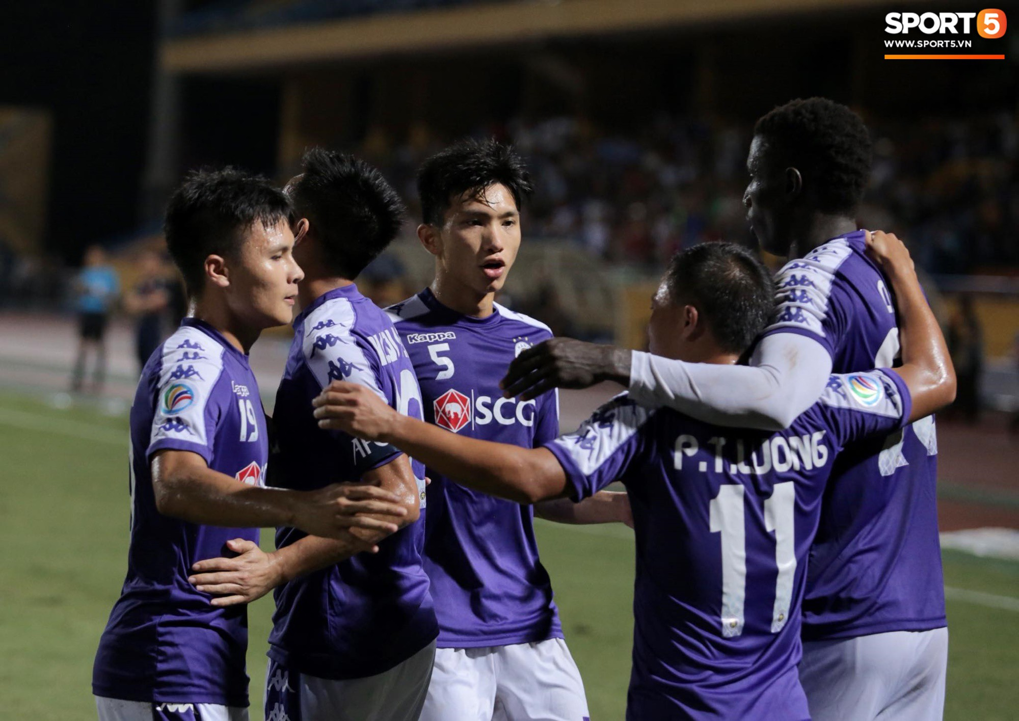 Trước tin đồn đến châu Âu thi đấu, Đoàn Văn Hậu vẫn nỗ lực hết mình vì Hà Nội FC-11