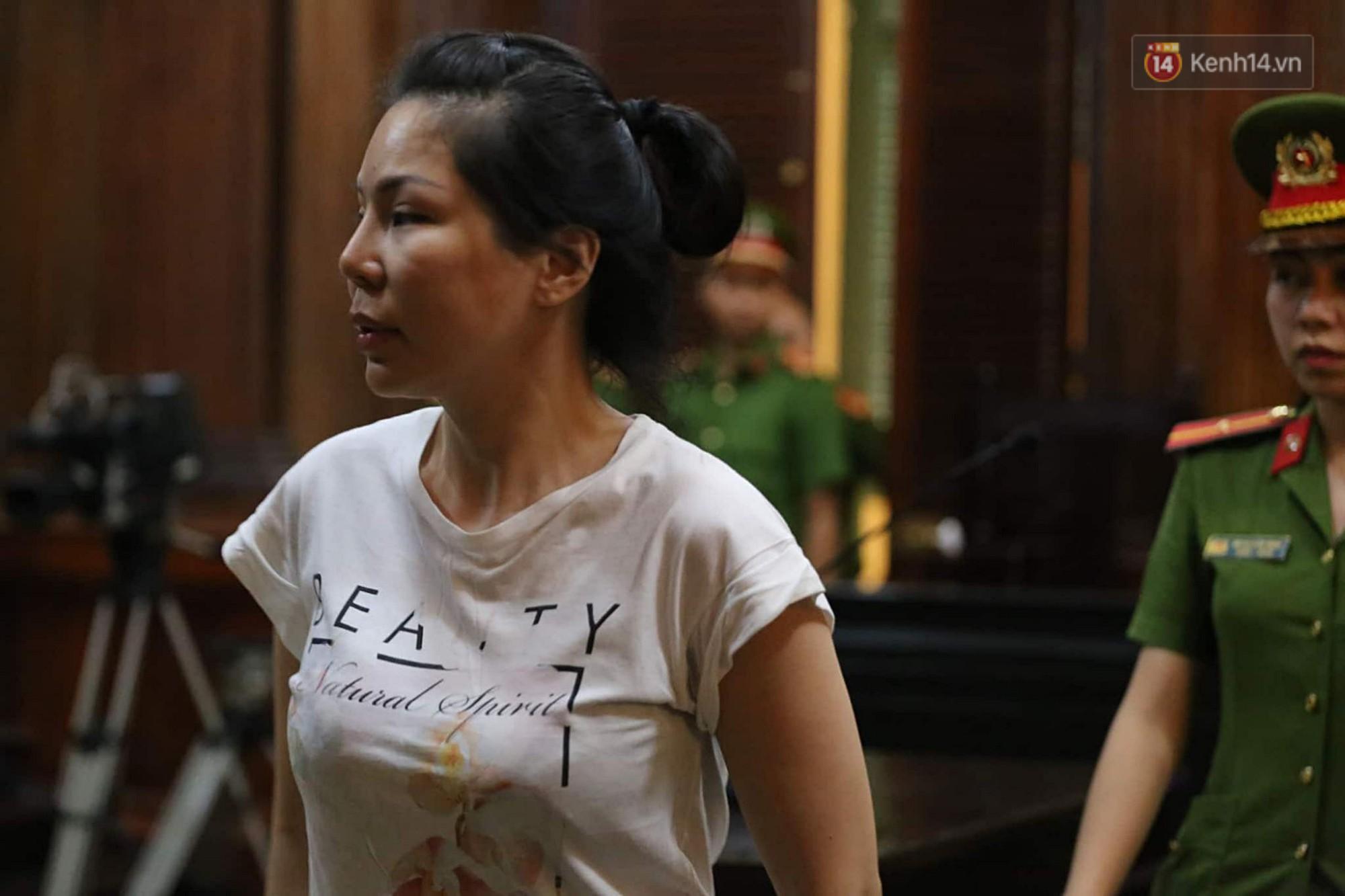 Vợ cũ bác sĩ Chiêm Quốc Thái thanh minh tại tòa sau khi thuê giang hồ truy sát chồng: Chỉ đánh dằn mặt, thuê người tát mấy cái...-9