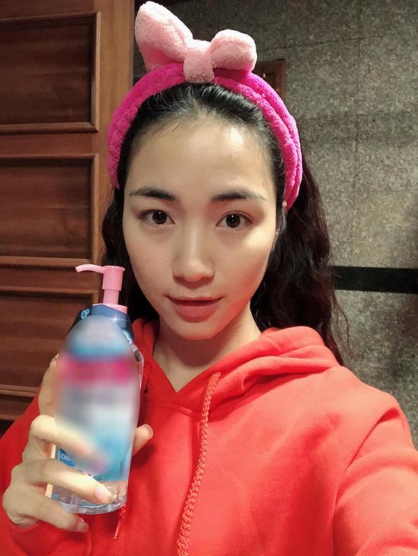 """Không chỉ Dương Về nhà đi con"""" mà Hòa Minzy, Phạm Hương cũng bị makeup làm già đi chục tuổi-4"""