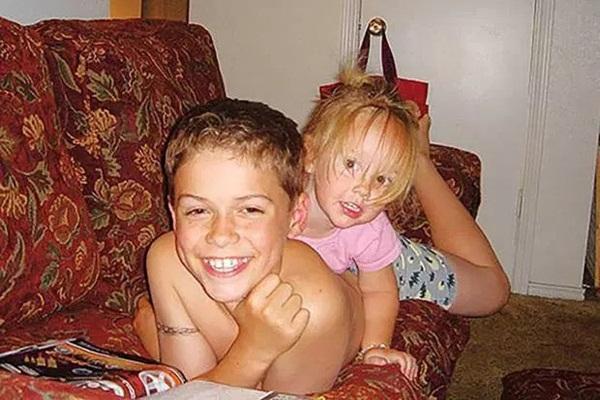 Cậu bé 13 tuổi giết chết em gái rồi tự đi đầu thú để trả thù mẹ-3