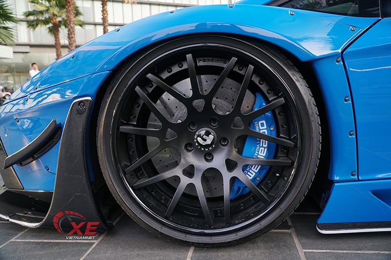 Doanh nhân Vũng Tàu nâng niu siêu bò Lamborghini Aventador hết mực-6