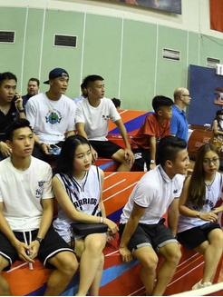 Quang Hải tình cảm với người yêu, Văn Hậu trổ tài chơi bóng rổ đầy ngẫu hứng-1