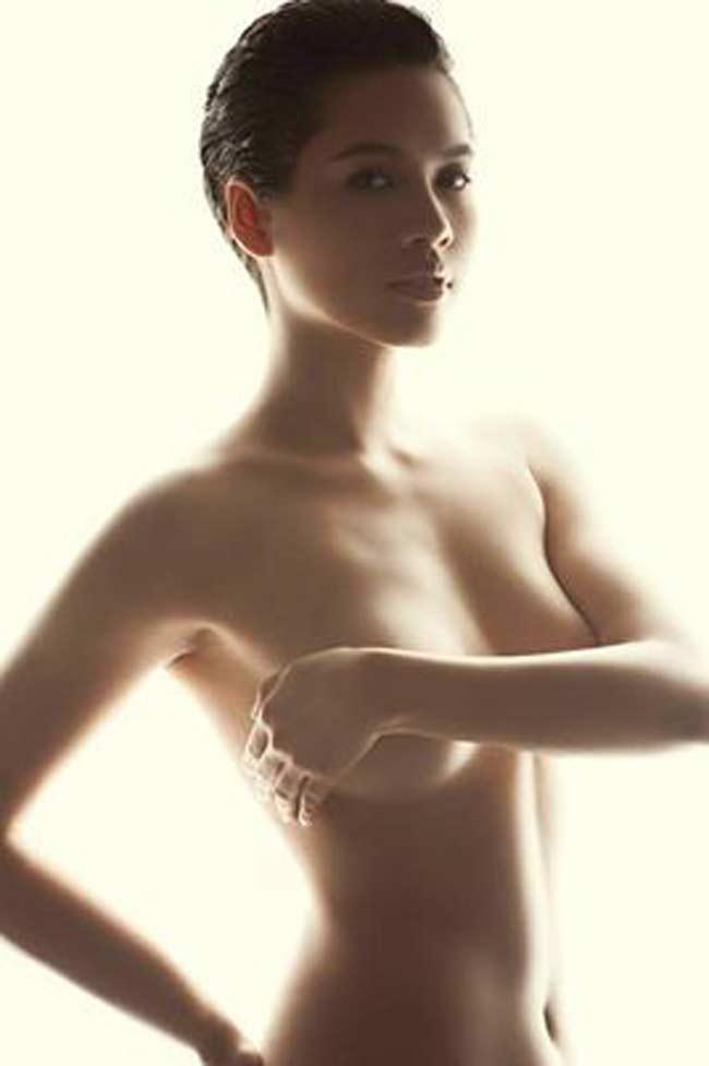 Những hoa hậu từng bạo dạn cởi áo chụp nude, vẫn không bỏ ngoài tai được thị phi-18