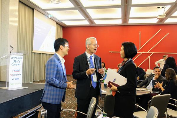 Vinamilk thuyết trình về xu hướng Ogranic tại hội nghị sữa toàn cầu-3