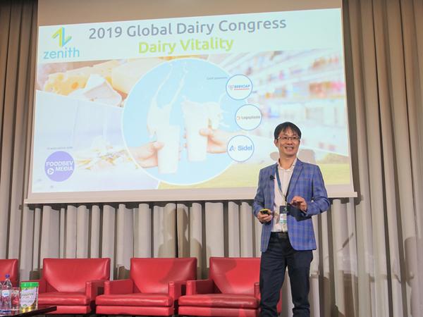 Vinamilk thuyết trình về xu hướng Ogranic tại hội nghị sữa toàn cầu-1