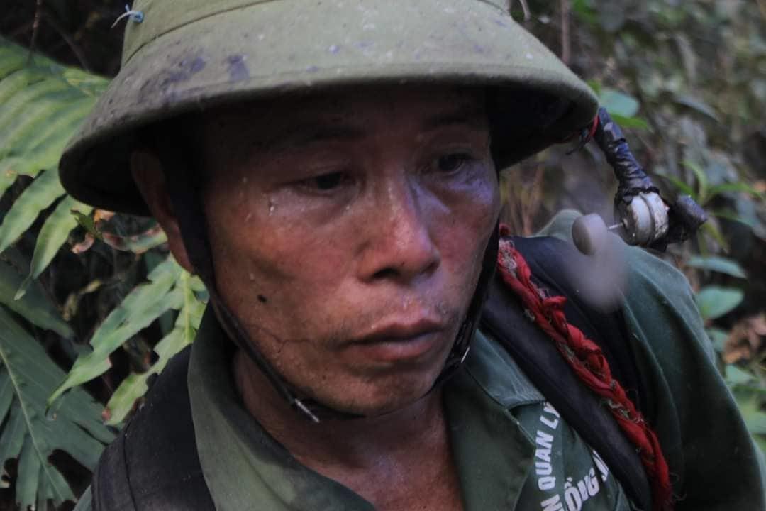 20 tiếng dầm mình trong biển lửa cứu rừng ngùn ngụt cháy ở Hà Tĩnh-13