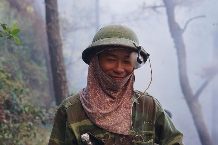 20 tiếng dầm mình trong biển lửa cứu rừng ngùn ngụt cháy ở Hà Tĩnh-14