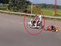 Người phụ nữ thản nhiên bỏ đi sau khi tạt ngã xe người khác