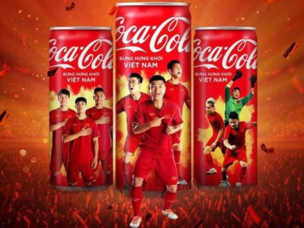 'Mở lon Việt Nam' của Coca-Cola: Tai nạn hay chiêu trò?