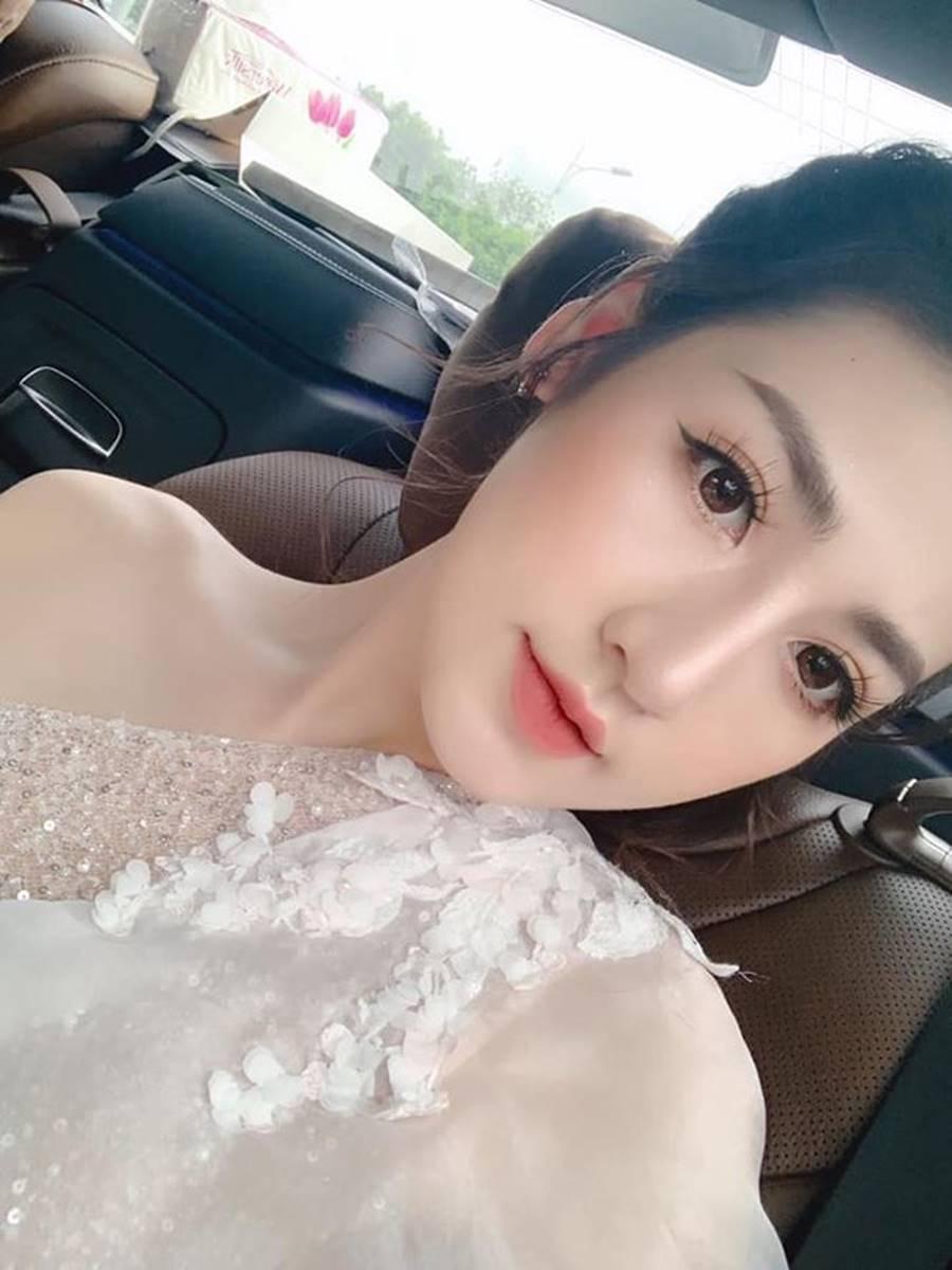 Hoa hậu Kỳ Duyên khoe dáng nóng bỏng với váy xuyên thấu sau khi giảm cân-13