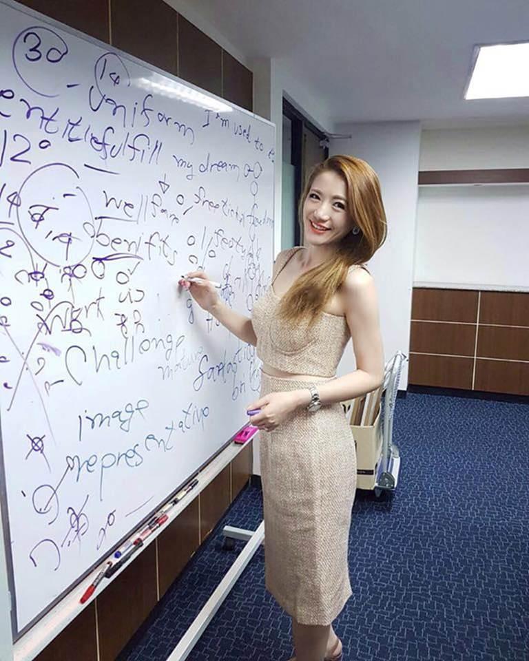 4 nữ giáo viên xinh đẹp, nổi tiếng trên mạng xã hội-1