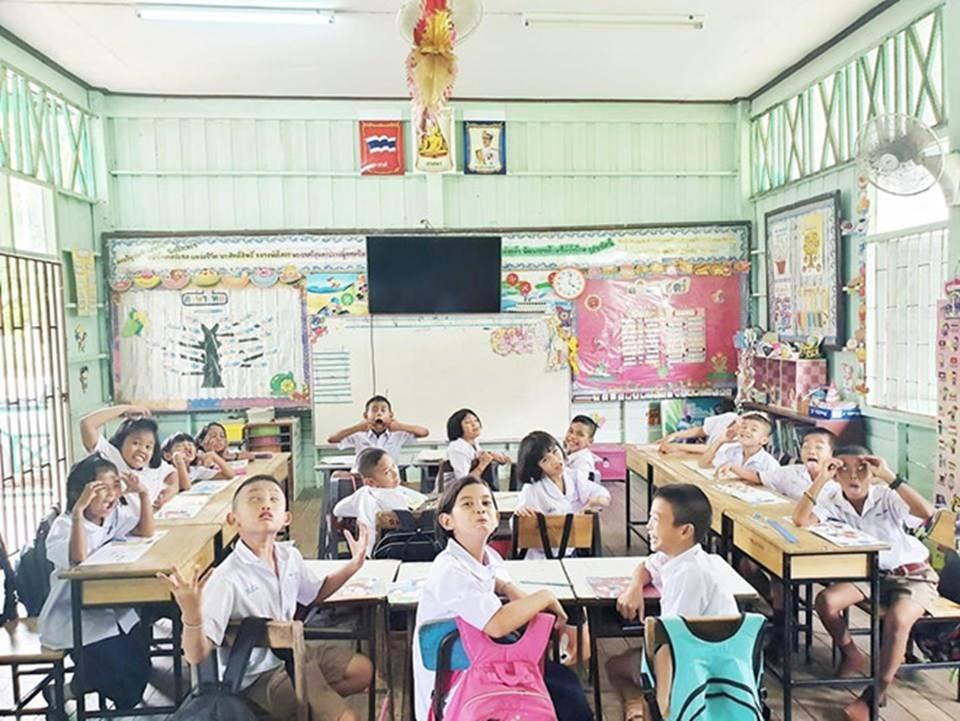 4 nữ giáo viên xinh đẹp, nổi tiếng trên mạng xã hội-13