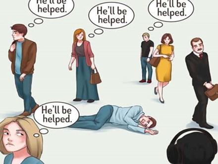 Thà bị nói vô cảm còn hơn giúp người mà mang họa vào thân?