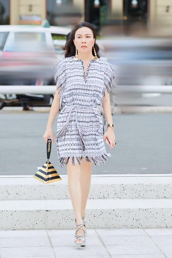 Ngạc nhiên chưa: Cũng có lúc Phượng Chanel ăn mặc không sến sẩm và lạc quẻ đây này!-2