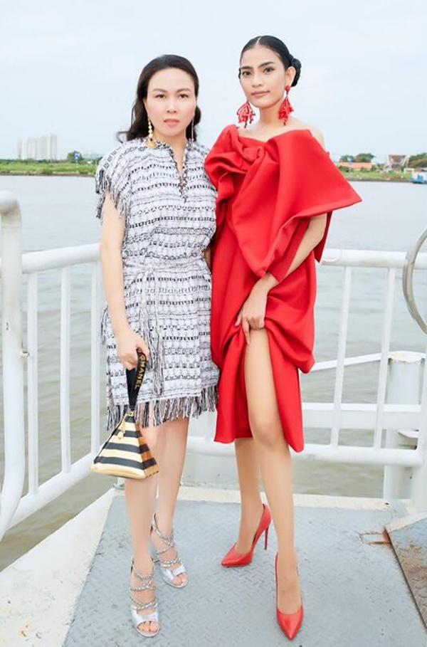 Ngạc nhiên chưa: Cũng có lúc Phượng Chanel ăn mặc không sến sẩm và lạc quẻ đây này!-4