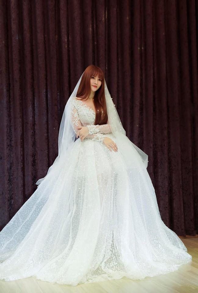 Thu Thủy cùng tình trẻ đi thử đồ cưới, đưa ra câu trả lời rõ ràng về thông tin cưới chạy bầu-3