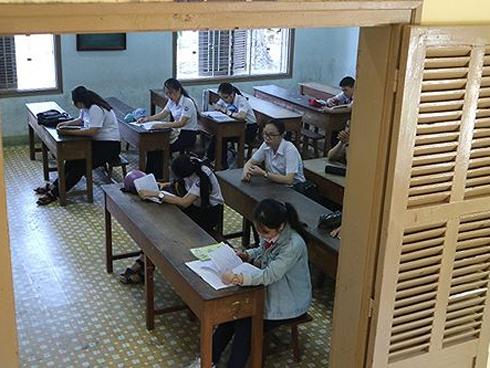 Sốc với lí do trường THPT lấy đầu vào học sinh chưa tới 1 điểm mỗi môn-1