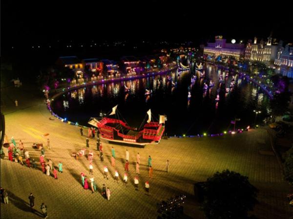 Kỳ ảo màn trình diễn 'Thương cảng thần tiên' ở Vinpearl Land Nam Hội An-2